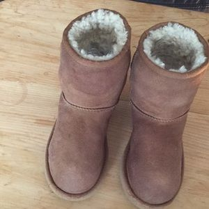 Australia ugg sz13  toddler boots suede sheepskin